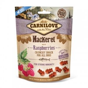 Лакомства для собак «Carnilove Crunchy Mackerel with Raspberries» - как доппитание к основному корму | «Карнилав»: лакомство в виде снэков для собак | страна - производитель: Чехия | зоомагазин Petplus