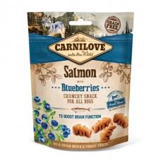 Carnilove Crunchy Salmon with Blueberries - лакомство для собак с лососем и черникой